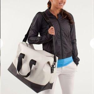 lululemon athletica Bags - Lululemon Everyday Gym Bag